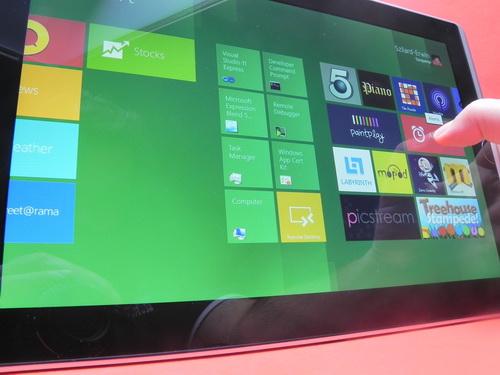 Windows 8 pe ASUS Eee Slate B121
