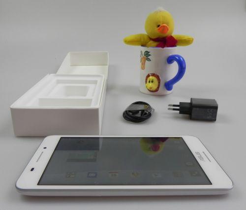 ASUS FonePad 7 FE375CG Unboxing: noul FonePad 7 64 bit a sosit, e prima tableta dual SIM testata la Mobilissimo.ro (Video)
