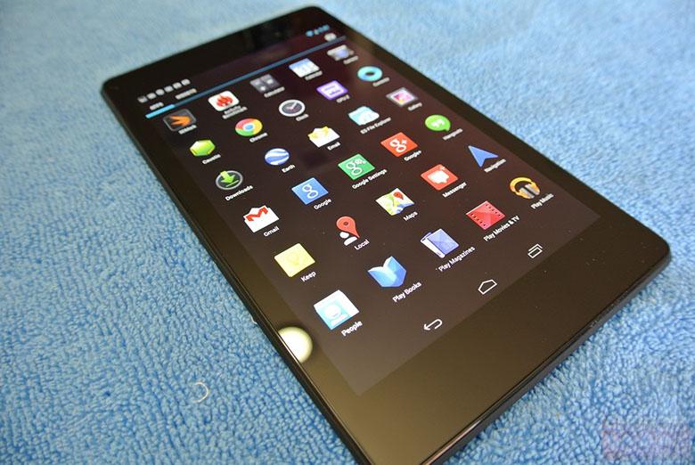 Noul Nexus 7 scos din cutie și analizat la cald Înainte de marea lansare de azi (Video)
