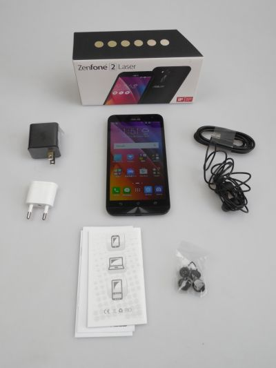 ASUS ZenFone 2 Laser Unboxing (ZE550KL): scoatem din cutie noul cameraphone midrange cu focalizare laser (Video)