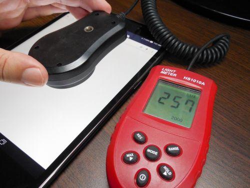 ASUS ZenPad S 8.0 testul cu luxmetrul