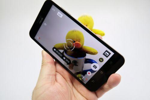 Camera lui ASUS ZenFone MAX
