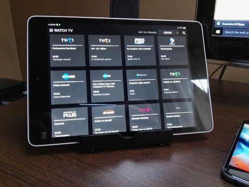 Anker Multi-Angle este un suport de birou pentru smartphone/tabletă cu preț de 59 lei; iată câteva impresii și detalii despre acesta