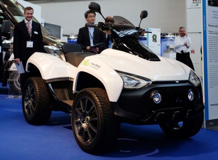 X-Terran este primul ATV produs de către Acer; model electric existent pentru moment doar la stadiul de concept