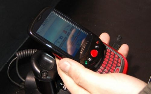 MWC 2010: Alcatel OT-980, handset similar cu Palm Pre soseste in luna mai