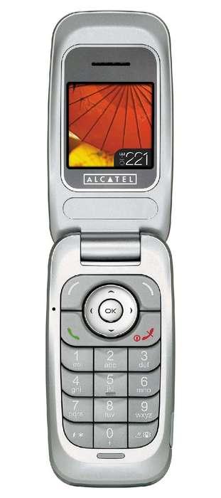 Alcatel lanseaza OT-E221, telefonul de 22 de euro