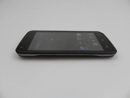 Allview C6 Quad 4G pe parte de design