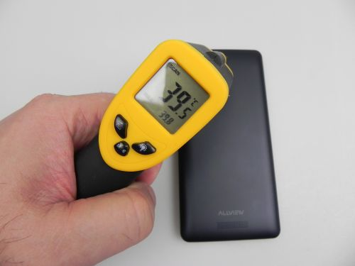 Allview P6 Energy atinge 39.8 grade Celsius după 15 minute de jucat Riptide GP2