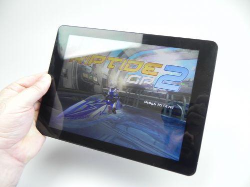 Am testat tableta şi la o sesiune de gaming de 15 minute în titlul Riptide GP2, atingând un excelent 31.3 grade Celsius, probabil cea mai scăzută valoare măsurată la Mobilissimo.ro