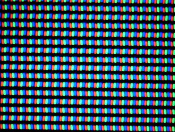Distributie pixeli in format RGB Stripes