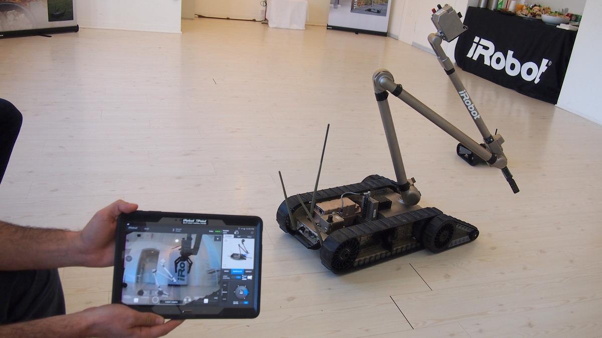 iRobot uPoint transforma roboții militari În... joc pe tableta (Video)