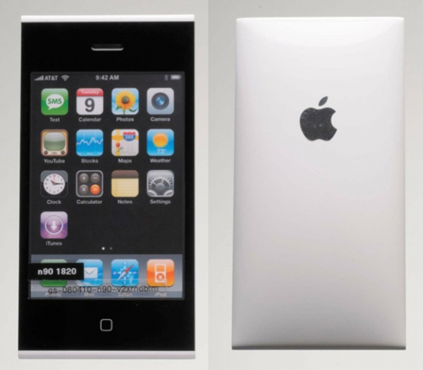 Imagini cu prototipurile iPhone și iPad prezentate În procesul dintre Apple și Samsung
