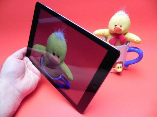 iPad Air integrează o cameră de 5 megapixeli În spate
