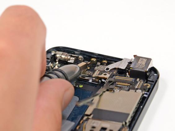 iPhone 5 dezasamblat