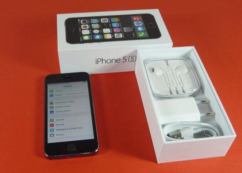 iPhone 5s unboxing: upgrade Însemnat pentru iPhone 5, software ușor dezamăgitor la primul contact (Video)
