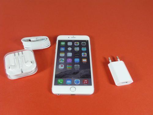 iPhone 6 Plus unboxing: tot ce ați auzit rău despre el era exagerat; Terminal arătos și comod oferit de QuickMobile.ro (Video)