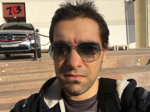 Selfie realizat cu iPhone 6s Plus
