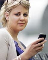 Fleur de Vere Beavis, prima cu boala SMS-urilor