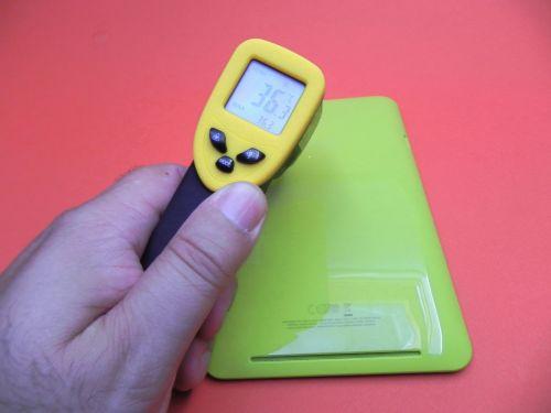 Temperatura maximă atinsă de tableta a fost de 36.3 grade celsius