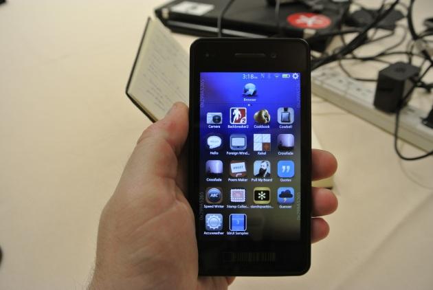 BlackBerry 10 s-ar putea lansa cu cel mai mare portofoliu de aplicații inițiale de până acum