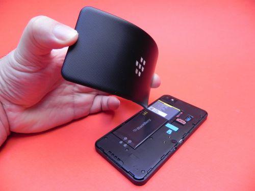 BlackBerry Z10 spate inlaturabil
