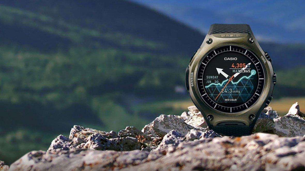 Casio lansează smartwatchul Android Wear ultrarezistent WSD-F10, la preţul de 500 de dolari