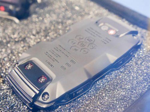 Casio prezintă telefonul G-Shock cu Android, probabil cel mai rezistent smartphone din lume