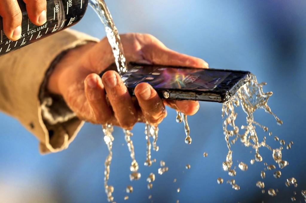 Cu ce plusează Sony Xperia Z?