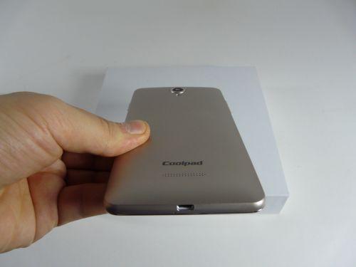 Coolpad Modena unboxing + concurs: primul contact cu un device Coolpad, cu o interfaţă interesantă (Video)