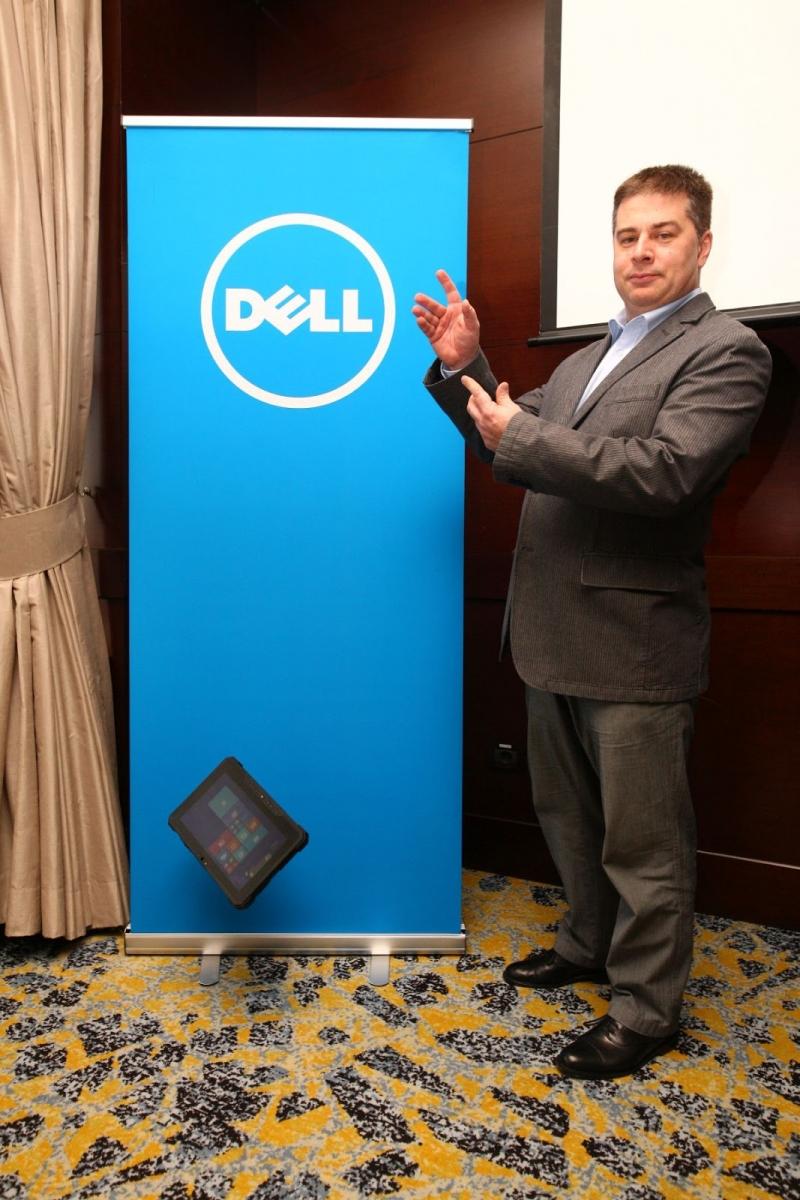 Dell lansează în România tableta Latitude 12 Rugged, un model rezistent la apă, nisip şi medii dure
