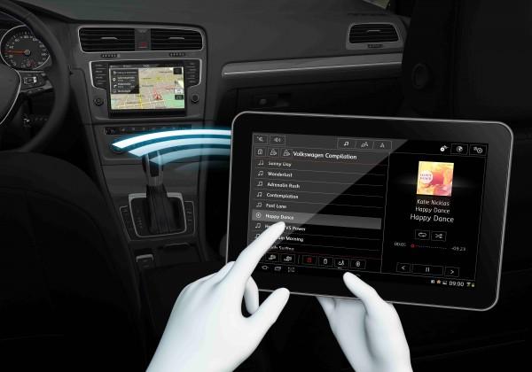 CES 2015: Volkswagen anunță lansarea lui Android Auto pe mașinile europene În acest an