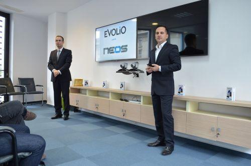 Evolio lansează oficial smartphone-ul Neos; acesta este disponibil la un preț de 579 lei
