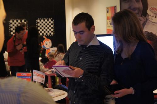 Evolio Tabby - tabletă pentru cei mici cu design pe măsură, primele impresii (video)