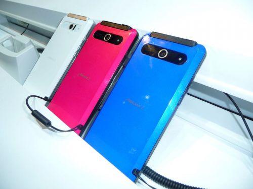 Fujitsu face telefoanele Arrows rezistente la apă și praf... un adaos binevenit la performanță