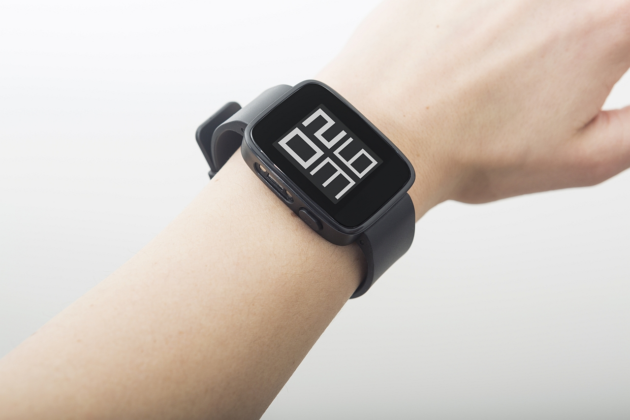 Goclever lansează primul său smartwatch, Chronos Eco, cu o autonomie de până la 30 de zile