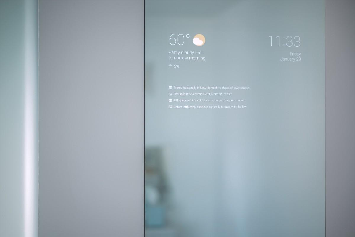 Un inginer Google a creat oglindă smart perfectă pentru baie, cu Android la bord