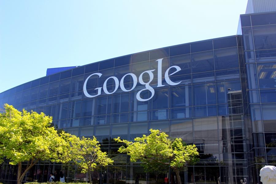 Google înregistrează un profit de 4.76 miliarde dolari în trimestrul 4 din 2014; veniturile nu se ridică la înălțimea așteptărilor