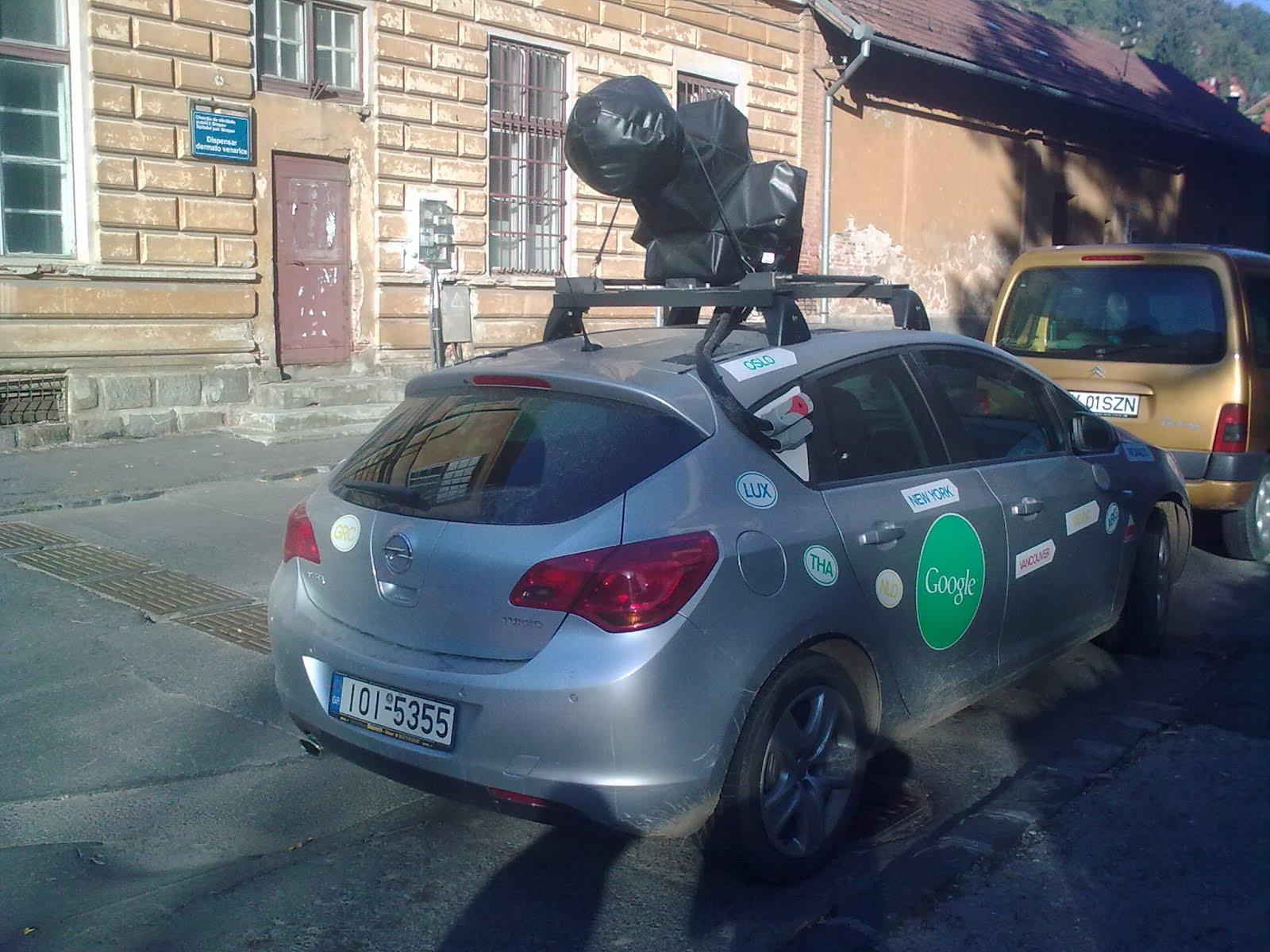 Mașina de cartografiere pentru Google Maps surprinsă În Brașov