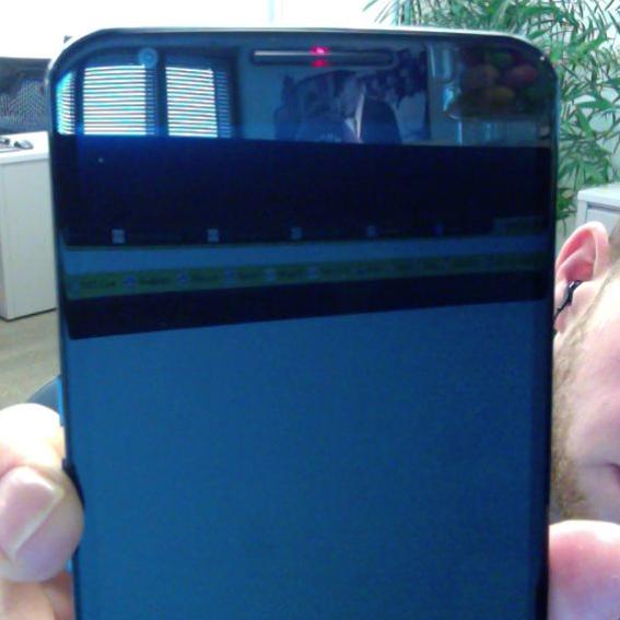 Nexus 6 are un LED pentru notificări ascuns În zona difuzorului superior