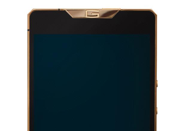 Producătorul de lux Gresso aduce pe piață 3 noi smartphone-uri cu design spectaculos și carcase din titan
