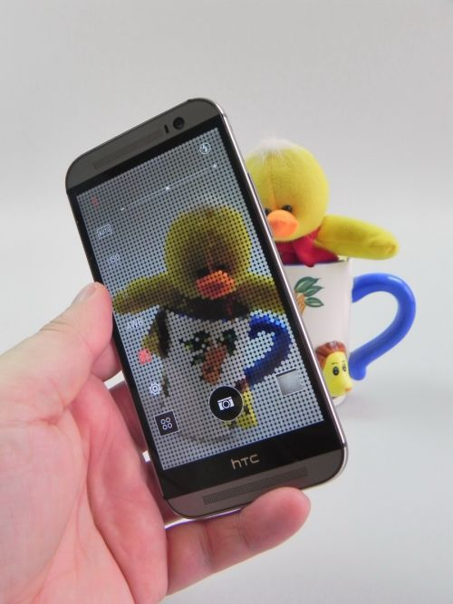 HTC One M8 Review: un HTC ONEderful, cu acustică și ecran fără cusur, cameră nu foarte convingătoare (Video)