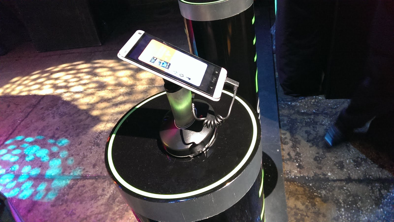 Primele fotografii realizate cu camera lui HTC One și un clip video demonstrativ (Video)