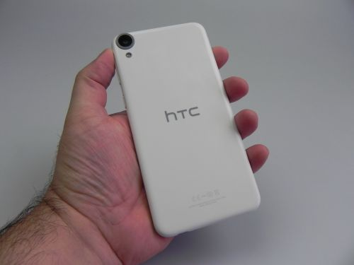 HTC Desire 820, partea spate
