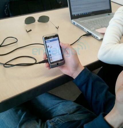 HTC Desire Z, aka T-Mobile G2 acum in poze oficiale
