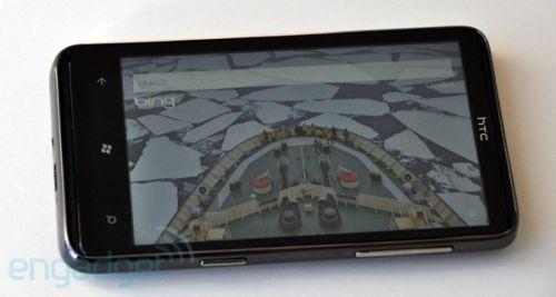 Recenzia HTC HD7 Engadget