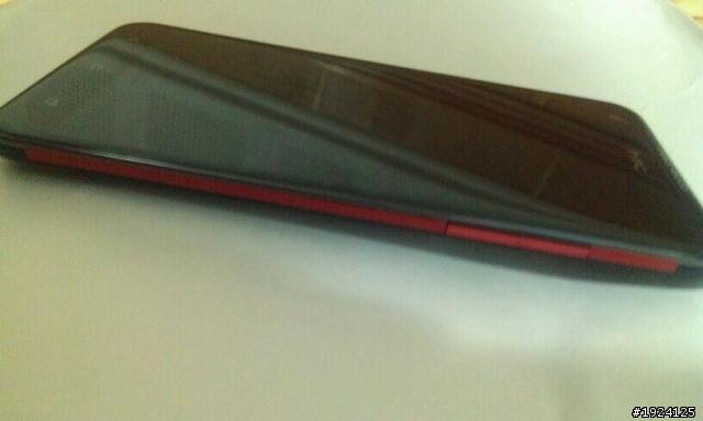 HTC One X+ Își face apariția Într-o nouă imagine, vine cu CPU Tegra 3 de 1.7 GHz