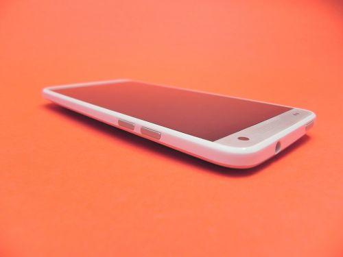 Recenzie HTC One Mini