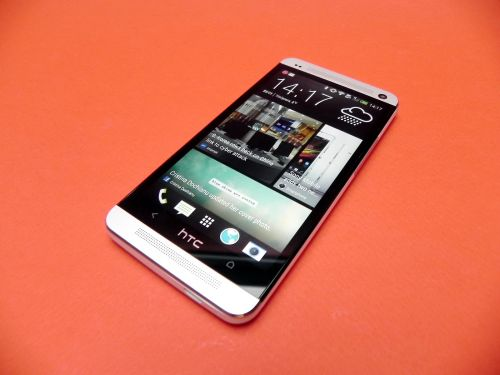 Display Full HD HTC One