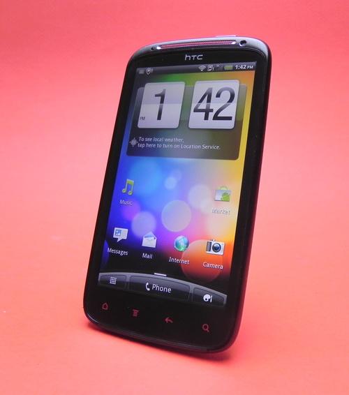 Ecranul lui HTC Sensation XE
