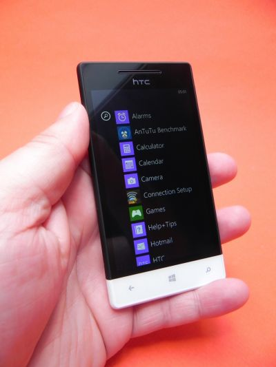 Pret HTC Windows Phone 8S